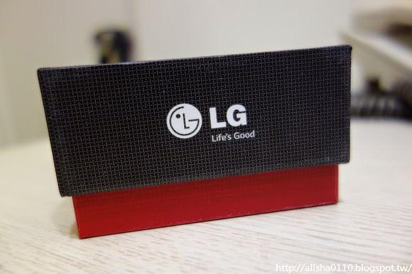 【開箱】LG G Pro2.女生的快速開箱.心得文